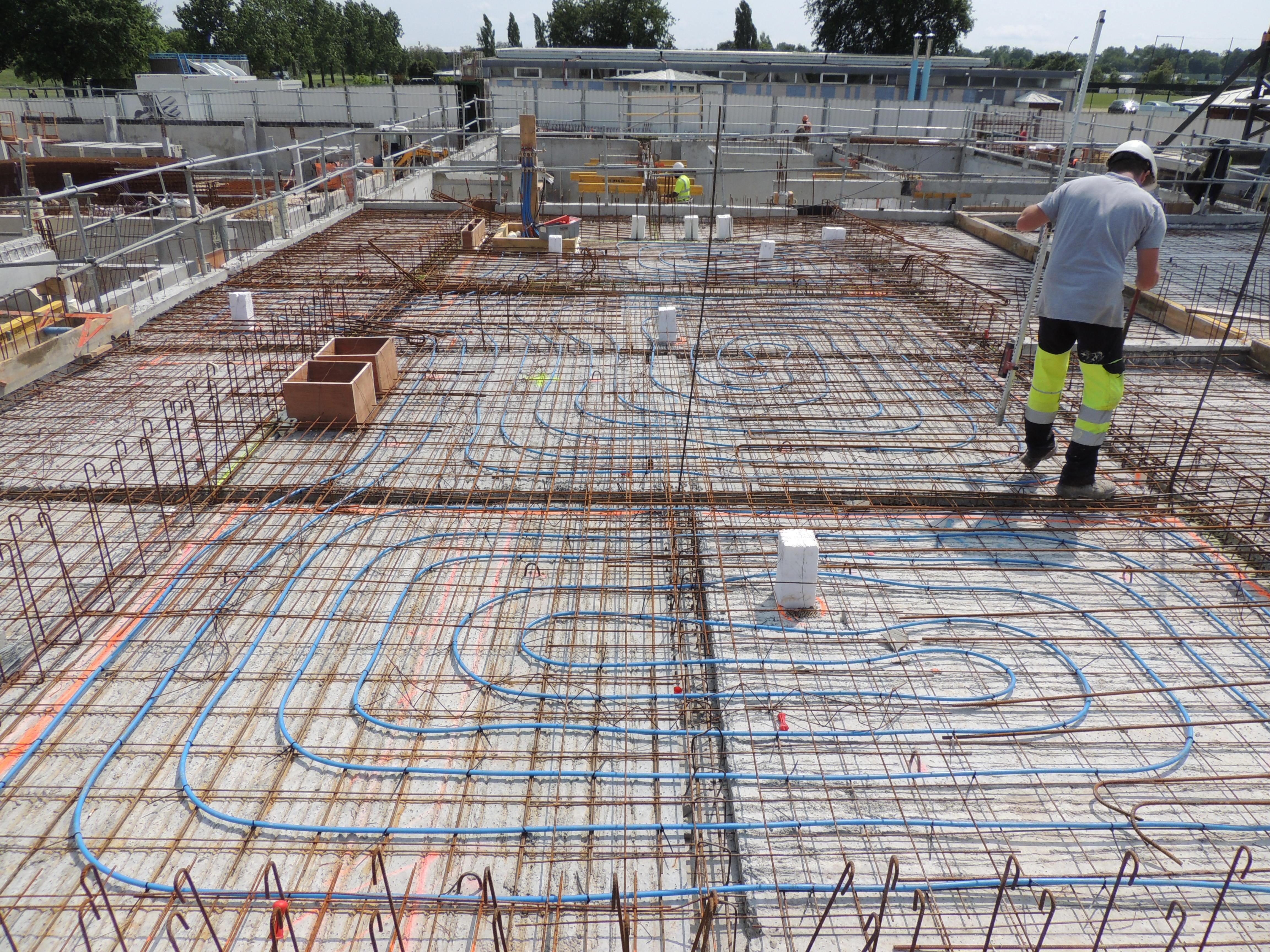 Dalle De Protection Piscine piscine du pinsan a eysines, 1500 m² de plancher chauffant